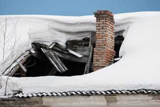 roof collapsed from weight of snow